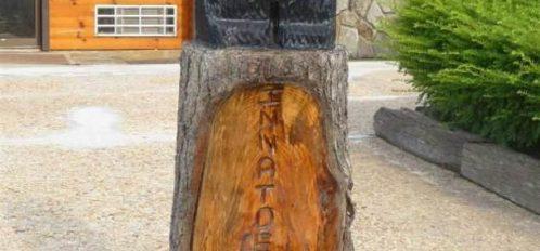 Inn at Deep Creek Bear Statue