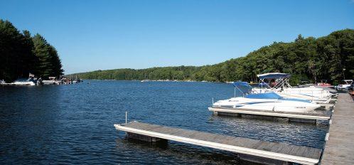 Inn at Deep Creek exterior Lake docks boats